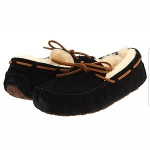 Brand New Womens Black UGG Slipper